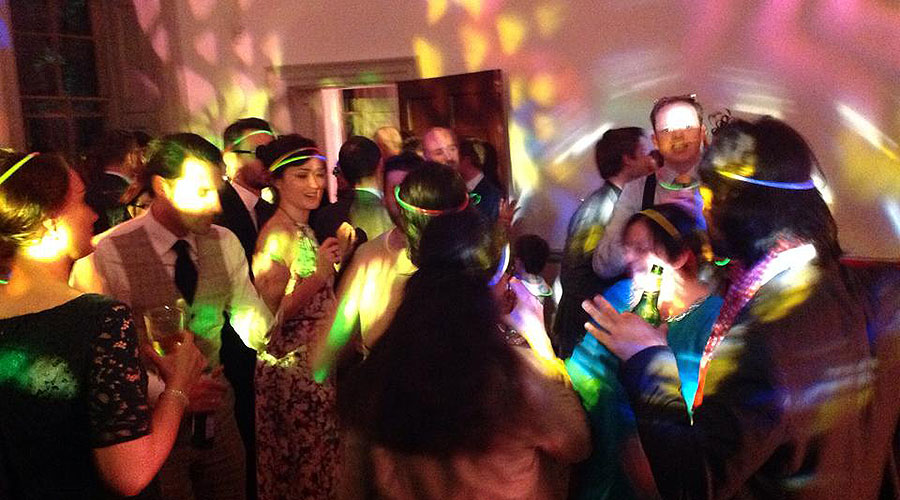 a-great-wedding-event-at-fulham-palace
